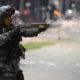 リオ市=軍の直接統治からおよそ1カ月半=リオ市民の3割以上が「1年以内に銃撃戦に遭遇経験がある」と答える