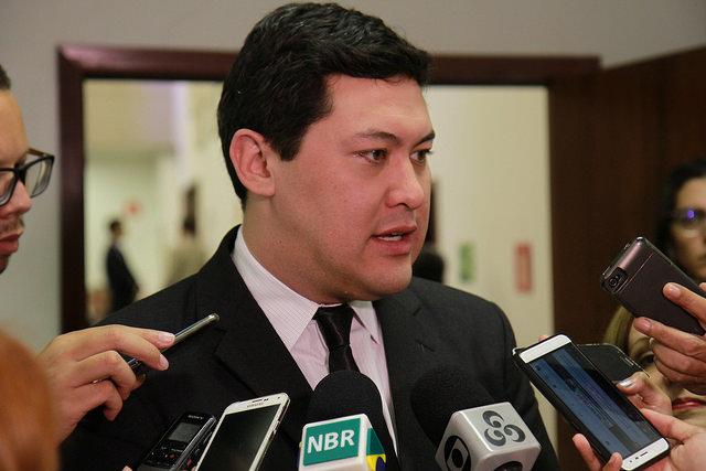 「漫画は極めて創造的」と語るヨムラ労働大臣 (Albino Oliveira- ASCOM)