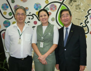 (左から)久保さん、中里さん、洲崎副会長