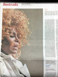エルザの新作の特集を行うフォーリャ紙