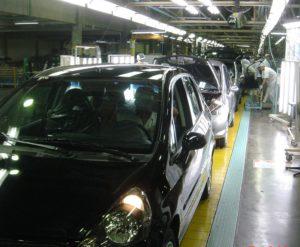 日系自動車工場も部品が届かずライン停止に