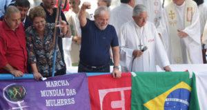逮捕直前にABC地区の金属労組前で開催されたミサでのルーラ元大統領(Paulo Pinto、07/04/18)