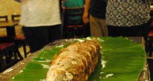 「ピラルクーのバナナ包み焼き」は写真栄えも間違いな