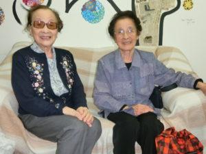 (左から)高瀬さん、久保婦人部長