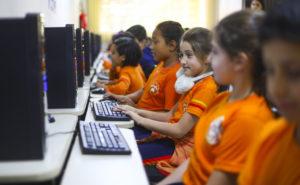 ブラジルでは義務教育開始年齢さえ、自治体によってバラバラだった。(参考画像・Daniel Castellano/SMCS)