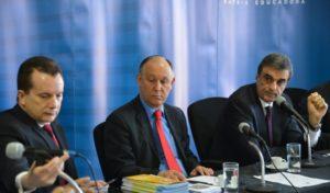 ルッソマノ氏(左)José Cruz/ Agência Brasil