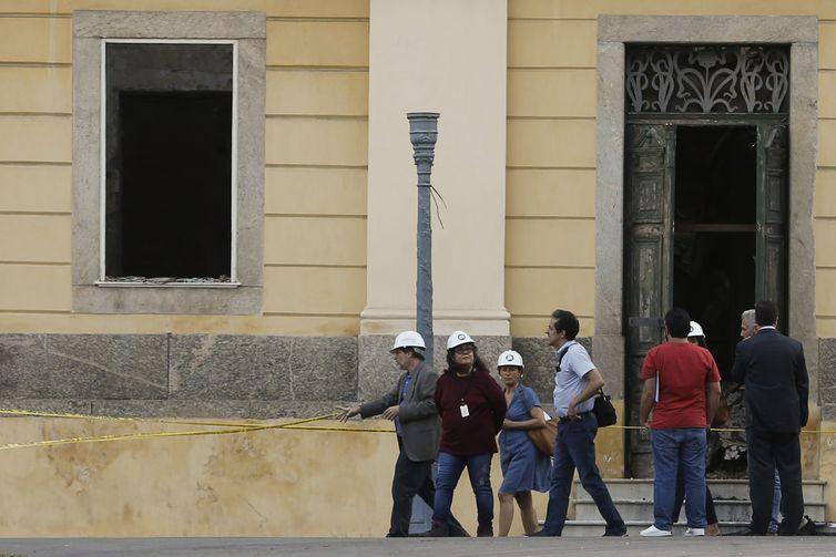 13日のユネスコの視察団(Fernando Frazão/Agência Brasil)