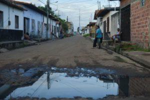 基礎的な衛生施設整備計画のある市は未だに38・2%に止まっている(参考映像、Marcello Casal Jr./Arquivo Agência Brasil)