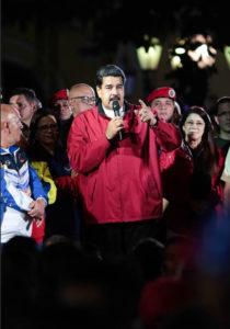 国内外の反対を押し切って行った制憲議会の議員選挙の成功を祝うマドゥーロ大統領(2017/07/30、Governo da Venezuela)