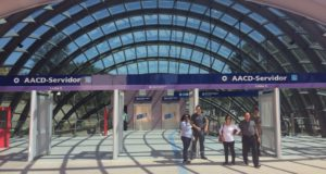 8月31日に開業したAACD駅の入り口