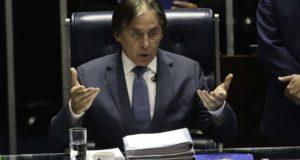 エウニシオ・オリヴェイラ上院議長(Fabio Rodrigues Pozzebom/Ag. Brasil)