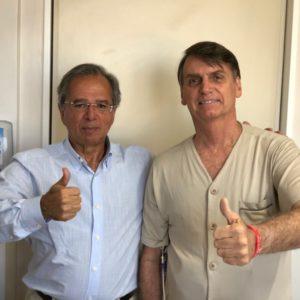 ゲデス氏(左)とボウソナロ氏(ボウソナロ氏のツイッターアカウント@jairbolsonaroより)