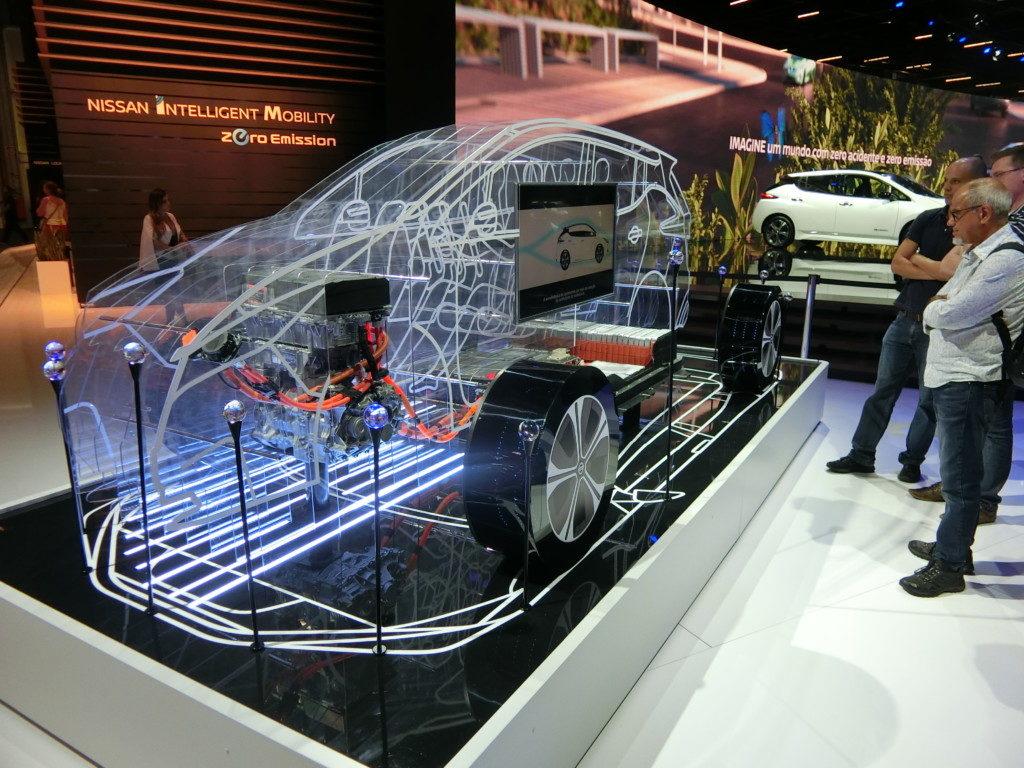 電気自動車の仕組みが映像で紹介された