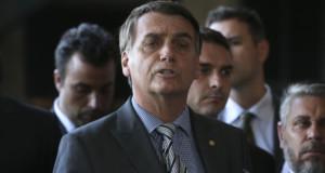 ブラジル銀行文化センターで記者会見を行うボウソナロ次期大統領(Valter Campanato/Ag. Brasil)
