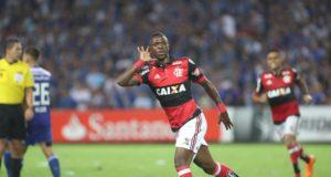 フラメンゴ時代のヴィニシウス(Gilvam de Souza/Flamengo)