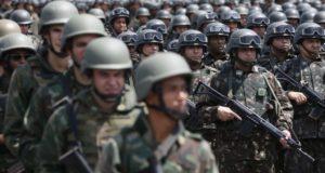 リオ州に展開した陸軍(Tomaz Silva/Agencia Brasil)