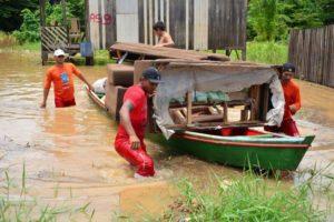 アクレ州で起きた洪水の一こま(Divulgação/Governo do Acre)