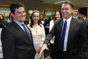 ボウソナロ次期大統領とセルジオ・モロ次期法相(Foto: Roberto Jayme/Ascom/TSE)
