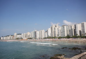 「海水浴に適した水質」と認められた、グアルジャー市のピタンゲイラス海岸(Pedro Rezende)