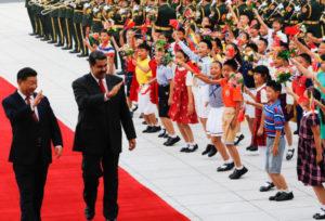 マドゥーロを北京に迎えた習近平中国国家主席(China、Twitter、15-09-2018)