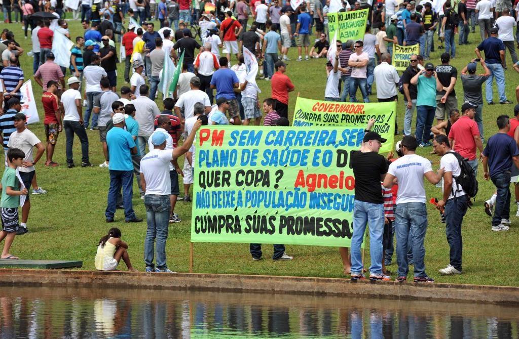 2013年に頻発したデモ(Zeca Ribeiro/Câmara dos Deputados)