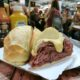 バール・ド・マネ=愛され続ける老舗サンドイッチ店=モルタデッラだけじゃない多彩な品揃え