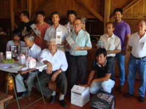 創業者の市村之さんと2010年次の新潟県農業研修生の皆さん(2010年1月16日撮影)