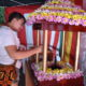仏連=花祭りで甘茶かけ、土曜まで=6日は白象と稚児の行列も