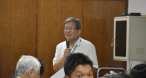 県連で各県人会長に訴える山田会長