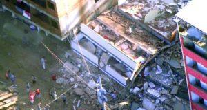 倒壊家屋、他にも倒壊の可能性がある建物が2軒ある(Divulgação Centro de Operações da Prefeitura do Rio)