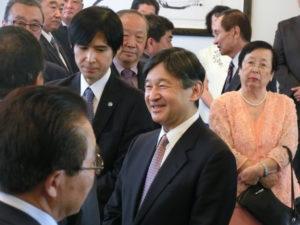 世界水フォーラムの折、首都の大使館で日系人と懇談された皇太子殿下