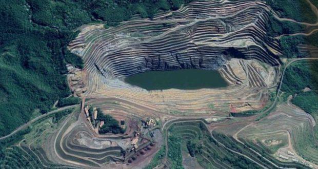 ゴンゴ・ソコ鉱山の上空写真(Google Map)