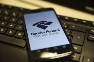 今年の所得税申告も、申告期限ギリギリの駆け込みが多かった(参考画像・Marcello Casal Jr./Agencia Brasil)