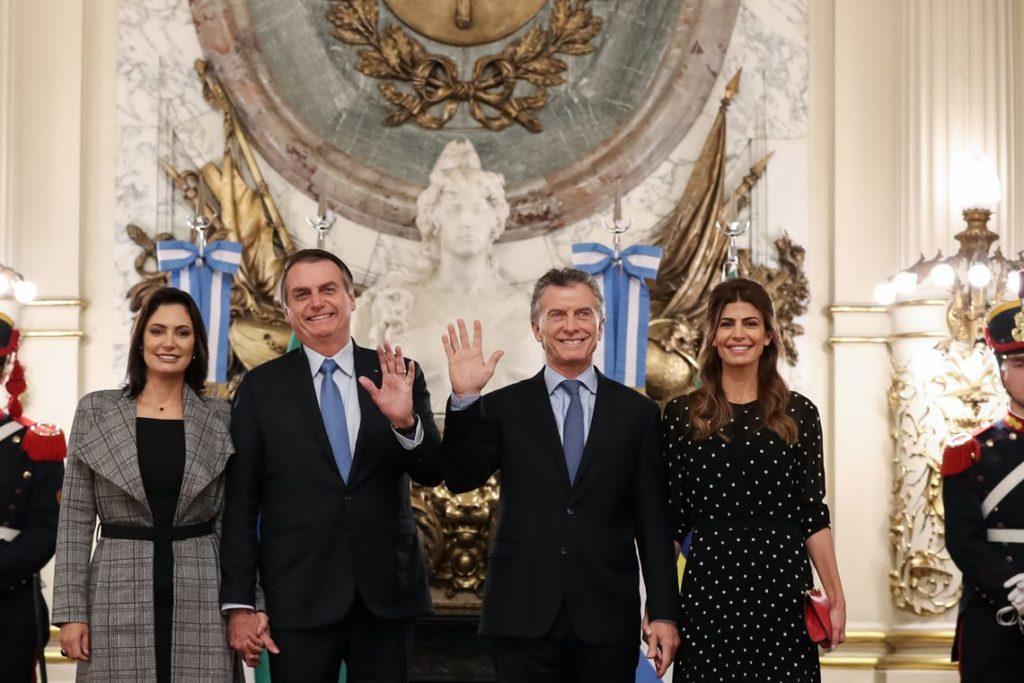 6日、マクリ、ボルソナロ両大統領(Marcos Corrêa/PR)