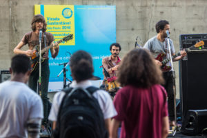 バンド「オ・テルノ」(São Paulo, 28/08/2016. foto: Ormuzd Alves, Virada Sustentável)