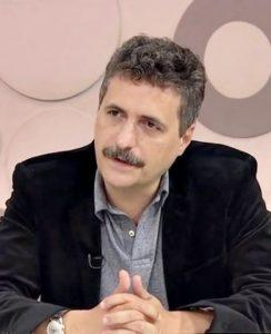 クレーベル・メンドンサ・フィーリョが監督(TV Brasil, From Wikimedia Commons)