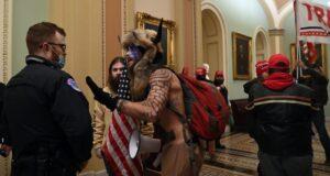 米国連邦議会議事堂占拠の様子(Twitter)