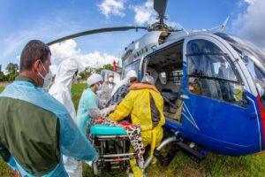医療崩壊回避のために他地域に移送されるコロナ感染症患者(Marco Santos/Ag.Pará)
