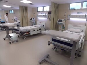 アマゾニア病院のICU病棟