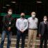 左から柳澤渉外担当、辻委員長、佐藤理事長、平田グスタフォ法務部長