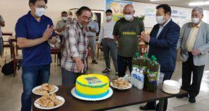 記念のケーキカット