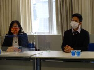 ブラジル台湾貿易センターの呂秀玲主任とサンパウロ台北経済文化事務所の蔡正文副領事