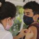 《ブラジル》保健省=青少年への接種再開認める=代行中の副大臣が会見開き=基礎疾患がある人優先は不動