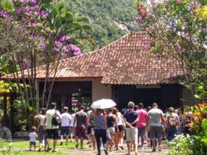 コロナ禍前には日曜日に多くの人が訪れていた(禅光寺提供写真)