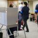 衆議院総選挙=感染対策して在外公館投票へ=有権者「日本が心配」と足運ぶ